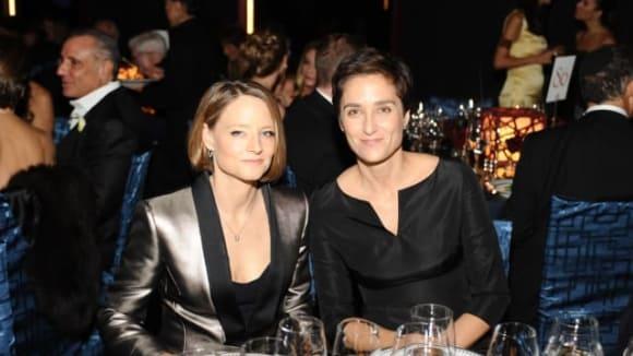 Jodie Foster a Alexandra Hedison už jsou v registrovaném partnerství