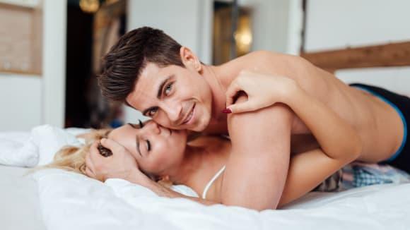 Ne vše, na co muži myslí během žhavých chvilek, se dá předvídat