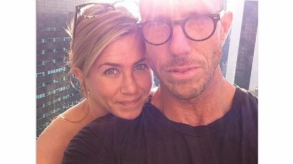Takhle Jennifer Aniston v soukromí a bez make-upu zvěčnil kamarád. Není nádherná?