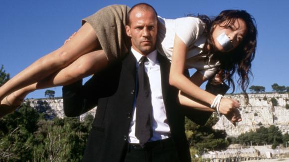 Jason Statham a Sho Qi ve filmu Kurýr