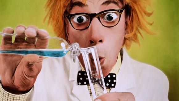 Šílený vědec experimentuje