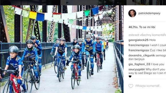 Patrick Dempsey - s dětmi na cyklistice