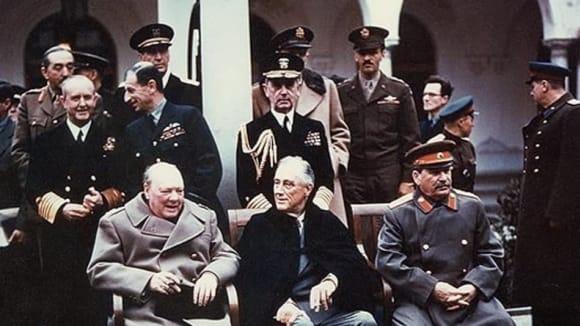 Churchil, Roosevelt a Stalin na Jaltské konferenci