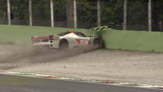 Ferrari nehoda velká