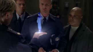 9. epizoda - Mezi dvěma ohni