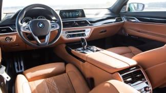 Interiér luxusního BMW 750Ld.