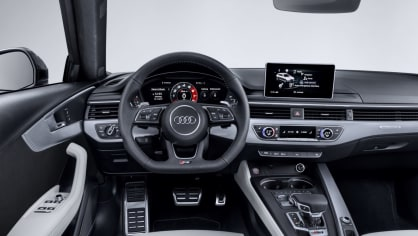 Audi RS4 Avant 24