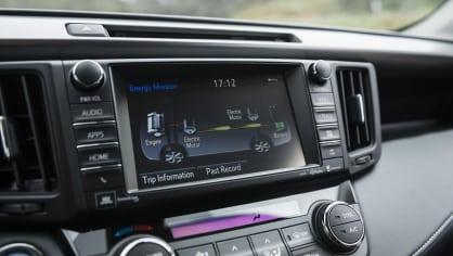Toyota RAV4 facelift 2015 - Obrázek 7