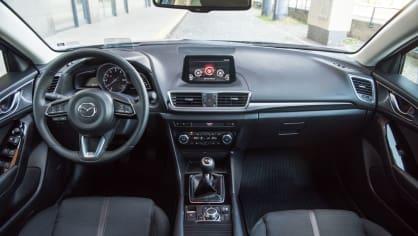 Mazda 3 Sedan po faceliftu 7