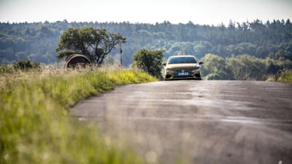 Volkswagen Arteon R-Line 2.0 TSI jízda 5