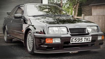 Ford Sierra RS500 Cosworth je vyhledávaná rarita. 1