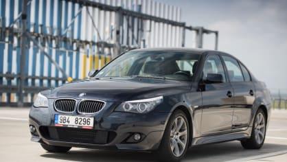 BMW 530i E60 exteriér 9
