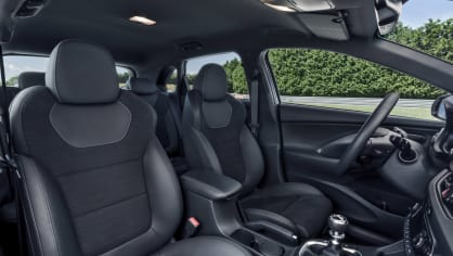 Prohlédněte si ostrý hatchback Hyundai i30 N do detailu. 11