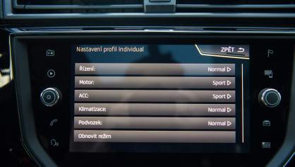SEAT Ibiza FR 1.0 TSI interiér 5