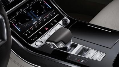 Nové Audi A8 v prodloužené luxusní verzi L. 6
