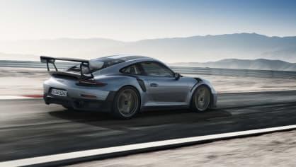 Porsche 911 GT2 RS 3