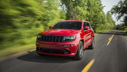 8. Jeep Grand Cherokee SRT - 4,9 sekundy, osmiválec 6.4 litru, 344 kW, 624 Nm