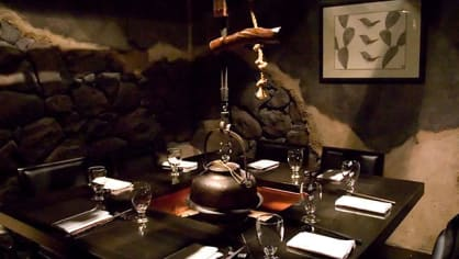 Mistři bojového umění vás obslouží v netradičí restauraci v New Yorku