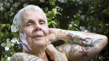 I ženy si nechávaly dělat tetování