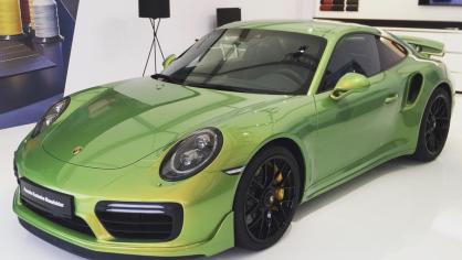 Porsche 911 Turbo S Exclusive Green 1