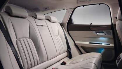 Jaguar XF Sportbrake, sportovní rodinný kombík 8