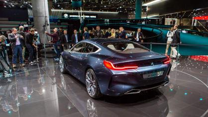 Působivé koncepty BMW na stánku ve Frankfurtu 19