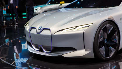 Působivé koncepty BMW na stánku ve Frankfurtu 11