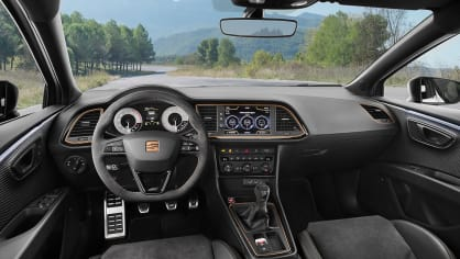 SEAT Leon Cupra R 16