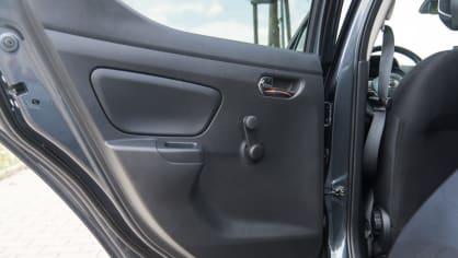 Nissan Micra 0.9 IG-T interiér 8