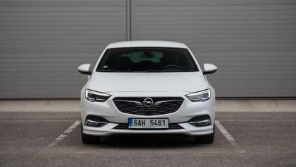 Opel Insignia Grand Sport 2.0 Turbo 4x4 exteriér 1