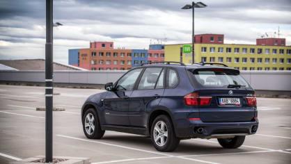 BMW X5 xDrive30d exteriér 11