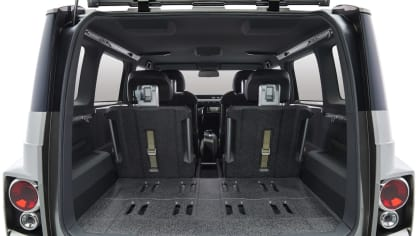 Dodávka i SUV. Toyota Tj Cruiser Concept. 8
