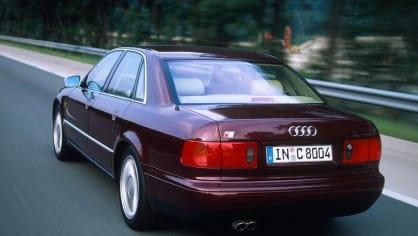 Audi S8 první generace 3