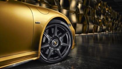 Porsche vyvinulo extrémně lehká a pevná kola. Stojí ale raketu 7