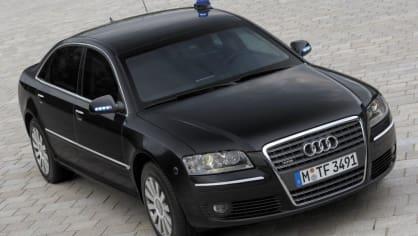 Audi A8 druhé generace 7