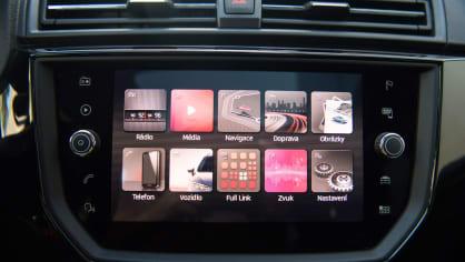 SEAT Ibiza FR 1.0 TSI interiér 3