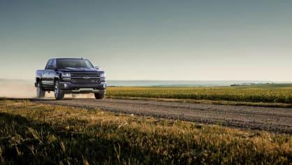 Chevrolet Colorado a Silverado ve výroční edici Centennial. 4