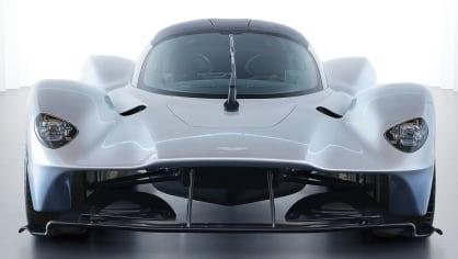 Aston Martin Valkyrie 2