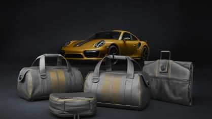 Zlaté Porsche 911 Turbo S Exclusive 10