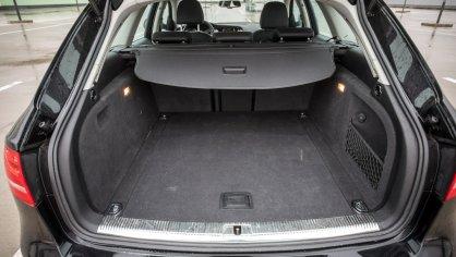 Audi A4 Allroad 2.0 TDI CR interiér 1