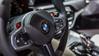 Novinky BMW na stánku ve Frankfurtu. 17