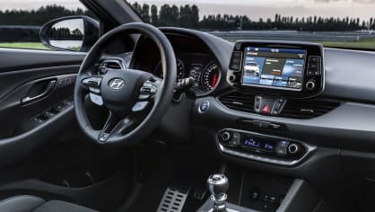 Prohlédněte si ostrý hatchback Hyundai i30 N do detailu. 8