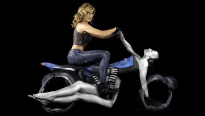 Motorcycles Bodypainting - Obrázek 1