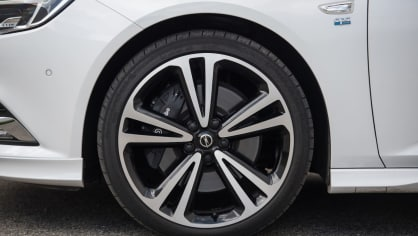 Opel Insignia Grand Sport 2.0 Turbo 4x4 exteriér 5