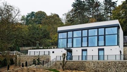 Dům s fotoateliérem vyrostl na místě původního zahradního domku