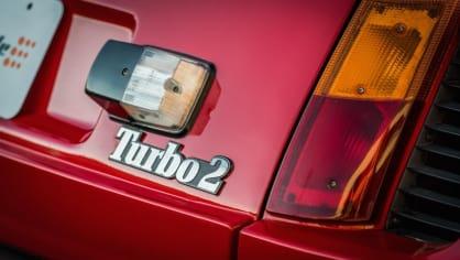 Renault 5 Turbo ve vzácné verzi Evolution. 27