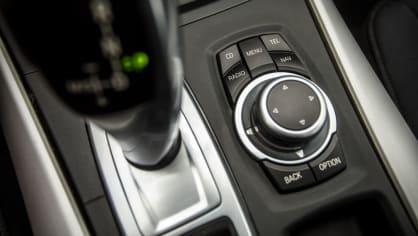 BMW X5 xDríve30d interiér 7