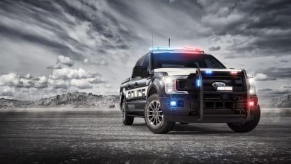 Působivý offroad Ford F-150 v policejním provedení. 2