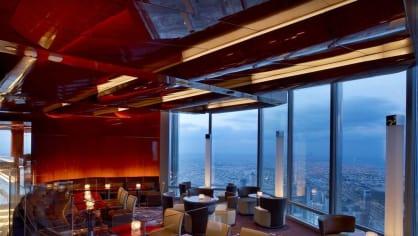 At.mosphere v hotelu Armani je nejvýš položenou restaurací na světě