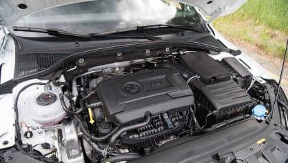 Nová Škoda Octavia RS 245 hezky zblízka. 16